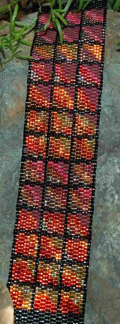 even-count, two-drop peyote stitch  12 different colors of Delica (size 11/0)