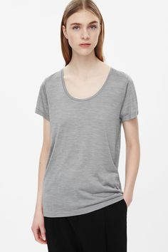 A relaxed fit, this t-shirt is made from lightweight silk jersey for a soft, comfortable finish. Worn on its own or as an extra layer, it has neat short sleeves and a deep round neckline.