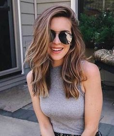 Cool and Amazing Medium Haircuts for Women If you get bored with your super long hair short hairstyles are the perfect idea for you!easypromhairs… Cool and Amazing Medium Haircuts for Women – Long Hair Style Trends Medium Long Haircuts, Medium Hair Cuts, Long Hair Cuts, Haircut Medium, Hair Styles Women Medium, Haircut For Medium Length Hair, Thin Hair, Pixie Haircut, Long Face Hairstyles
