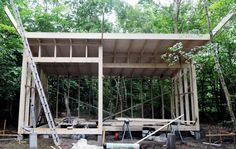 Why Teak Outdoor Garden Furniture? Porch Swing, Outdoor Furniture, Outdoor Decor, Tiny House, Pergola, Woodworking, Yard, Outdoor Structures, Homemade