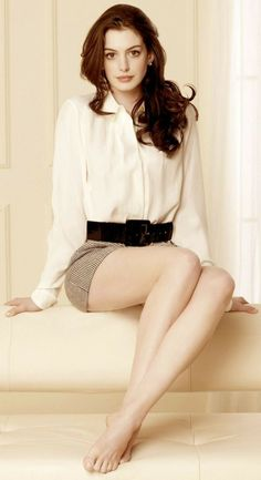 Kate Beckinsale's Sexy Legs