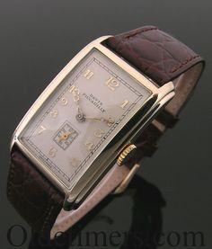 A 9ct gold rectangular vintage Davis, Piccadilly watch, 1939