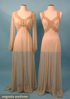 Augusta Auctions, March/April 2005 Vintage Clothing & Textile Auction, Lot 250: Negligee  Peignoir Set, C 1940