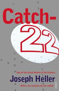 Catch-22 von Joseph Heller http://www.amazon.de/dp/0099536013/ref=cm_sw_r_pi_dp_DE7xub1GBDEFH