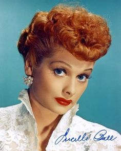 """Lucille Ball - I Love Lucy. April 1952 - The American Research Bureau reports that the I Love Lucy episode, """"The Marriage License"""" was the first TV show in history to be seen in around homes the evening the episode aired. Lucille Ball, I Love Lucy, Lucy Lucy, Beverly Hills, Red Hair Celebrities, Celebs, 1950s Hairstyles, Vintage Hairstyles, Fashion Hairstyles"""