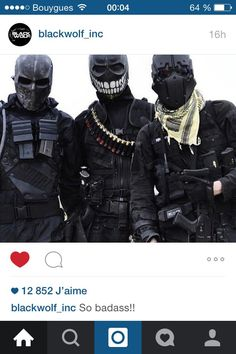 Airsoft Information on our Site Mode Cyberpunk, Character Inspiration, Character Design, Tactical Armor, Armas Ninja, Post Apocalyptic Fashion, Military Special Forces, Future Soldier, Military Gear