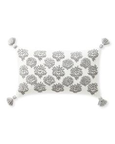 So many things to love: the eye-catching botanical, the artistry of the handmade French knots, and the fabulous texture of the pattern on earthy linen. Finished on each corner with two-tone tassels, it has just the right amount of attitude. Pillow Inserts, Pillow Covers, Luxury Throws, French Knots, Earthy, Bed Pillows, Cushions, Product Launch, Lily