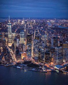 Manhattan at night by @ch3m1st #newyorkcityfeelings #nyc #newyork