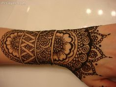 I want a real tattoo in mehndi style
