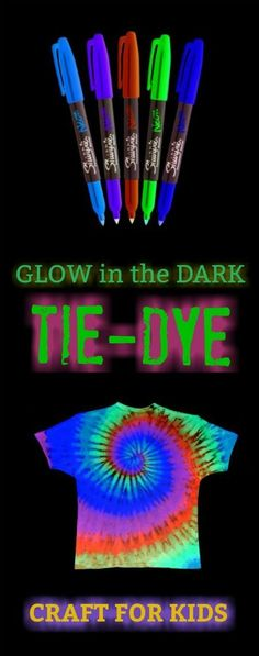 Glowing Tie Dye FUN KID CRAFT: Make tie dye t-shirts that glow in the dark!) Here is an easy and fun way to make tie dye t-shirts with the kids this summer. This tie-dye technique is super cool for kids to watch, and the t-shir… Glow In Dark Party, Glow Stick Party, Glow Sticks, Glow Party Outfit, Neon Birthday, 9th Birthday Parties, 16th Birthday, Teen Parties, Sixteenth Birthday