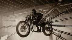flying-motorcycles-norton