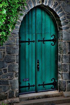 Architecture study--front doors of a century Unitarian church at Moment Terrace in Lynchburg, Virginia. Entrance Doors, Doorway, Garage Doors, Front Doors, Cool Doors, Unique Doors, Exterior Paint Colors For House, Paint Colors For Home, Paint Colours