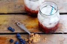 Mixed drinks: Blueberry rum mash