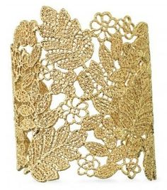 DIY Lace Cuff is easy and fun - and so impressive!
