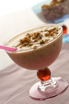 Banana Granola Smoothie - Makes 2 Servings  Great for breakfast or an afternoon snack and healthy!