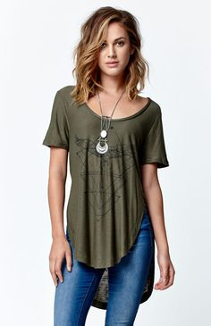 Kendall & Kylie Round Hem Tunic T-Shirt