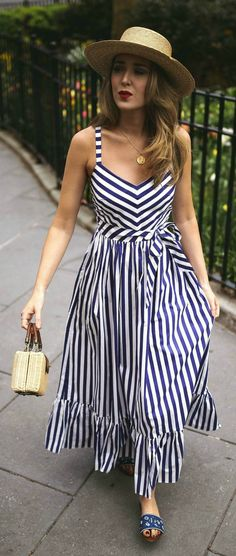 best ideas how to wear hats in summer chic Nyc Fashion, Look Fashion, Fashion Outfits, Dress Fashion, Striped Maxi Dresses, Casual Dresses, Dress Hats, White Casual, Summer Dresses For Women