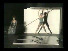 ドキュメンタリー「ダンスの世紀」よりウィリアム・フォーサイスの部分。 といっても、ほとんど「イン・ザ・ミドル・サムホワット・エレヴェイテッド」という感じです。
