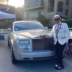 La Jolla Concours D'Elegance 13th Annual Motor Car Classic (LPL Financial) Rolls Royce Owners Club La Jolla Cove, La Jolla, CA April 9, 2017 With my Rolls Royce Phantom Thank you, G. Michael Dorvillier (Chairman at La Jolla Concours D'Elegance), Al Whitley (Chairman, Rolls Royce Owners Club - San Diego Chapter), McFarlane Productions, and all of the sponsors and staff who have made this marvelous event possible! Please consider joining us today! #lajollaconcoursdelegance #lajollaconcours…
