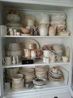 mijn brocante servieskast.  My vintage porcelain cupboard