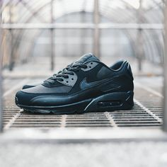 promo code 2240a 453b0 Nike Air Max 90 Ultra Se Mens Trainers in Green · Trainer ShopsNike  FashionSneakers FashionShoes ...