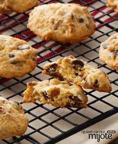 Get the secret to perfect chocolate chip cookies: the Sour Cream-Chocolate Chip Cookies recipe. Sour Cream-Chocolate Chip Cookies are the perfect combo of gooey, chewy and moist. Best Chocolate Chip Cookie Recipe Ever, Classic Peanut Butter Cookies, Perfect Chocolate Chip Cookies, Peanut Butter Cookie Recipe, Best Cookie Recipes, Chocolate Recipes, Holiday Recipes, Kraft Recipes, Cookie Desserts