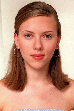 Scarlett Johansson in Scarlett Johansson, Natasha Romanoff, Woman Crush, Plastic Surgery, Beautiful Actresses, Singer, Character Ideas, Celebrities, Makeup