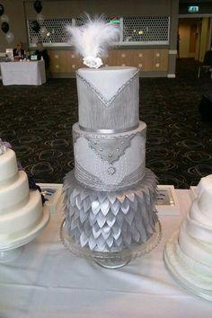 silver grey great gatsby wedding cake