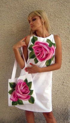 Fabric Painting On Clothes, Dress Painting, T Shirt Painting, Painted Clothes, Casual Dresses, Fashion Dresses, Summer Dresses, Clothing Patterns, Dress Patterns