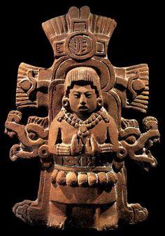 Maya - Figure from Jaina Ancient Aliens, Ancient History, Art History, Maya Civilization, Inka, Art Premier, Aztec Art, Mesoamerican, Art Sculpture