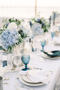 Elegant White & Blue Wedding Ideas from the South of France Blue And White Wedding Themes, Baby Blue Weddings, Blue Beach Wedding, Blue White Weddings, Blue Wedding Flowers, Wedding Colors, Baby Blue Wedding Theme, Wedding Ideas Blue, Classy Wedding Ideas