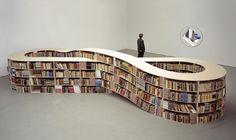 La biblioteca infinita.  El artista alemán Job Koelewijn  trató de plasmar y representar el infinito poder de los libros y el aprendizaje.