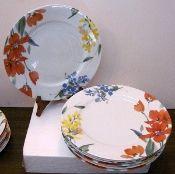 Nikko Sweet Meadow Dinner Plates Nikko, Dinner Plates, Dinnerware, Decorative Plates, Pottery, Tableware, Sweet, Kitchen, Home Decor
