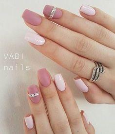 nail art, cute nails, black an white nail Classy Nails, Stylish Nails, Simple Nails, Trendy Nails, Cute Acrylic Nails, Matte Nails, Pink Nails, Gel Nails, Vernis Rose Gold