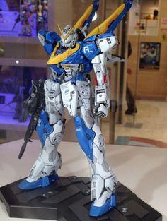 Gundam Family: MG Gundam Ver. Ka Custom Build by Yoshify On Display… Gundam Toys, Gundam Art, Gundam Tutorial, Gundam Mobile Suit, Gundam Custom Build, Gundam Seed, Gundam Wing, Gunpla Custom, Gundam Model