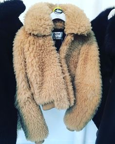 The Autumn Fashion // Fuzzy jacket from Acne Studios. Street Style Inspiration, Inspiration Mode, Style Ideas, Fashion Killa, Look Fashion, Womens Fashion, Fashion Trends, Catwalk Fashion, Latest Fashion