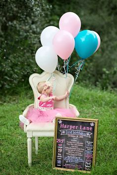 {BABIES} Harper Lane's First Birthday Photoshoot | Life & Baby | Baby Showers : Parties : Nurseries : Baby Products : Baby Deals