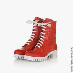 Summer shoes / Обувь ручной работы. Ярмарка Мастеров - ручная работа. Купить Межсезонные коралловые  ботиночки. Handmade. Коралловый, Сапожки, сапоги летние