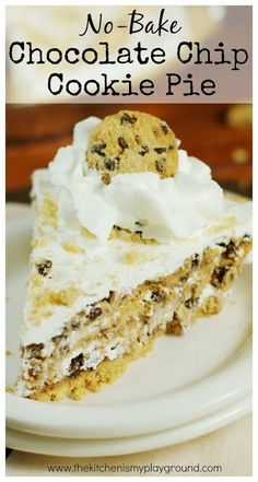 No-Bake Chocolate Chip Cookie Pie {made with Chips Ahoy!} Four simple ingredients come together to create one delicious No-Bake Chocolate Chip Cookie Pie. And you won't believe how easy it is! Summer Desserts, No Bake Desserts, Easy Desserts, Dessert Recipes, Dessert Simple, Chips Ahoy, Yummy Treats, Sweet Treats, Yummy Food