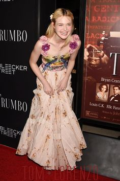 Elle-Fanning-Trumbo-Premiere-Fashion-Gucci-Tom-Lorenzo-Site (6)