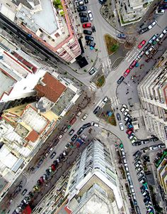 A Bird's Eye View of Thessaloniki - Greece Worms Eye View, Map Painting, Macedonia, Thessaloniki, His Travel, City Maps, Aerial Photography, Mykonos, City Photo