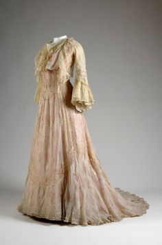 ~Tea gown, House of Worth, printed silk embroidered with silk and trimmed with lace, c. 1900, French~