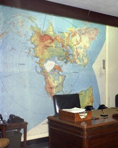 President Kennedy's Situation Room Maps There are postings out on the internet that question the use of a Flat Earth Map in the Kennedy White House. The first photo above, shows a picture of...