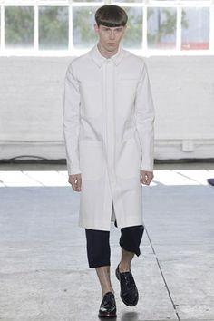 Duckie Brown Fall 2020 Menswear Fashion Show Fashion Show, Fashion Outfits, Fashion Design, Fashion Trends, Fashion Inspiration, Urban Fashion, Mens Fashion, Mens Attire, Fashion Joggers