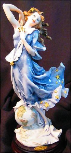 Giuseppe Armani Figurine Celeste Beautiful!