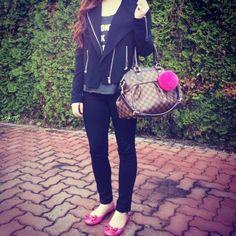 93bad7e7a Jacket & Shirt: Aritzia / Jeans: Citizens of Humanity Avedon / Bag: Louis  Vuitton Trevi PM / Shoes: Coach