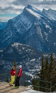 Get the downhill experience only minutes from the town of Banff, Alberta at Mount Norquay ski resort.