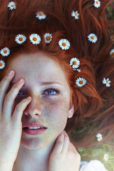Striking Portraits of Gorgeously Freckled Redheads by Maja Topčagić - My Modern Met