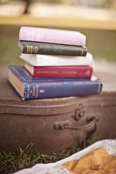 I love books and photo's of them !