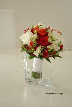 Petite Fleur - Dekoracje Ślubne Płock - bukiet ślubny - wedding bouquet - asian poppy, hipericum, rosa, fresia, peonie & santini